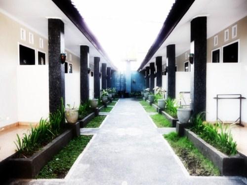 Pusat Hotel Puspa Indah Bali