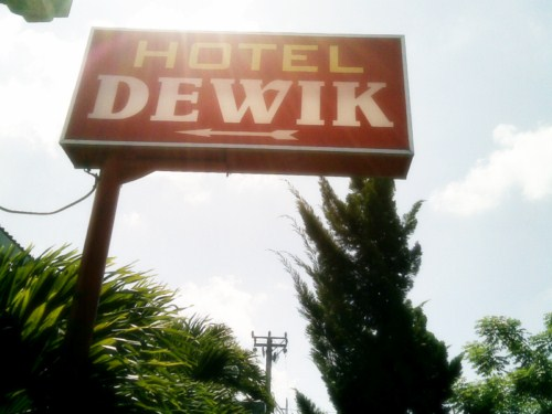 Hotel Dewik Si Penginapan Yang Hening Dan Murah